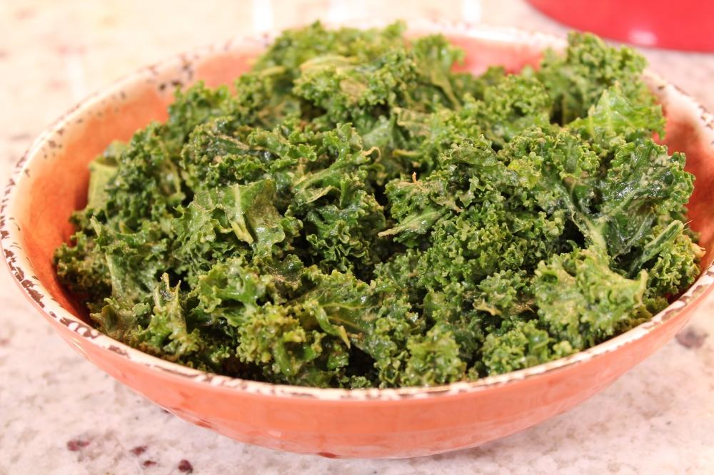 full-size-kale-avocado-salad